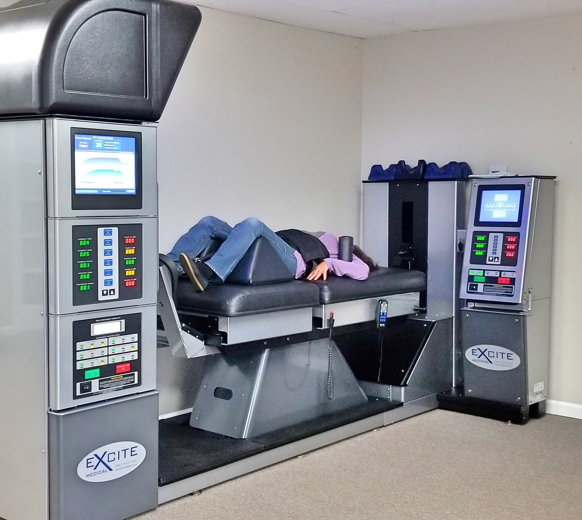 Lower Back Pain & Herniated Disc Treatment with Spinal Decompression Therapy Machine